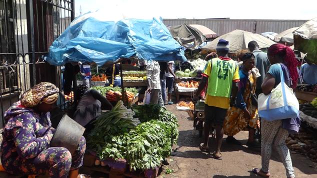marché Mfoundi.png